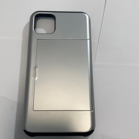 iPhone 11 Pro Max Silver Plastic Case Hidden